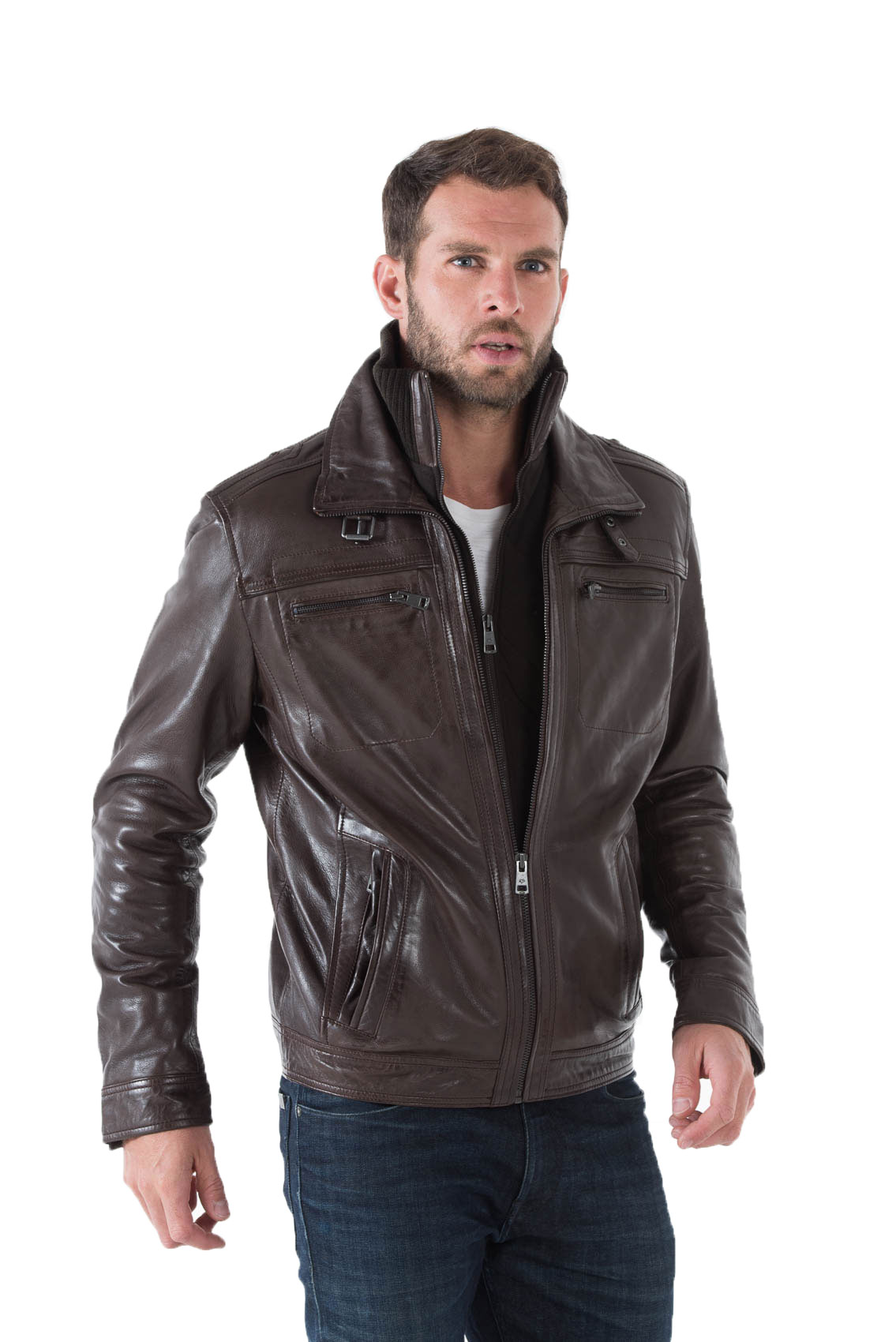Porter une veste en cuir marron homme