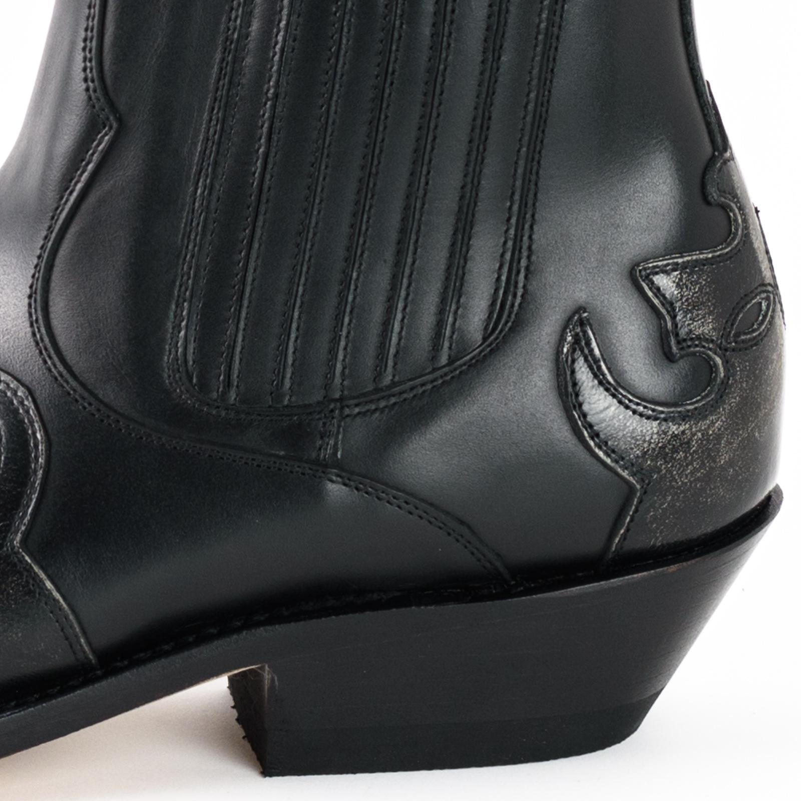 Boots cuir vachette milanelo bone pull oil negro 130